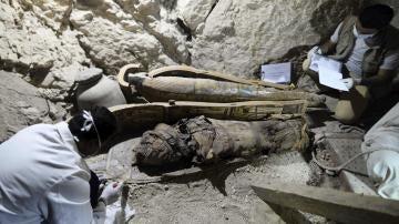 Tumba que perteneció a Userhat, un juez de la decimoctava dinastía faraónica