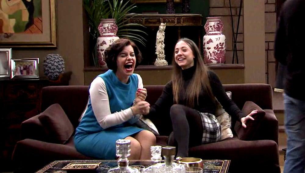 Marta y Alba estallan de la risa ante la desgracia de Ana María