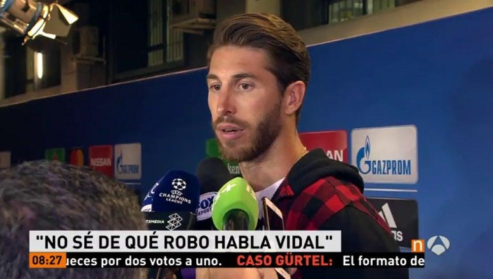 """Frame 18.038571 de: Ramos responde a Piqué: """"Que rebobine y se ponga el partido del PSG"""""""