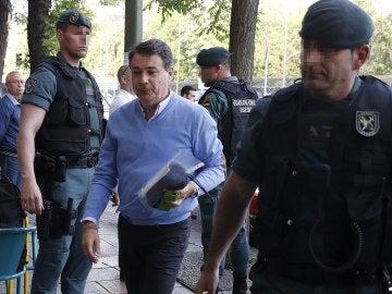 El expresidente de la Comunidad de Madrid, Ignacio González, a su llegada al despacho