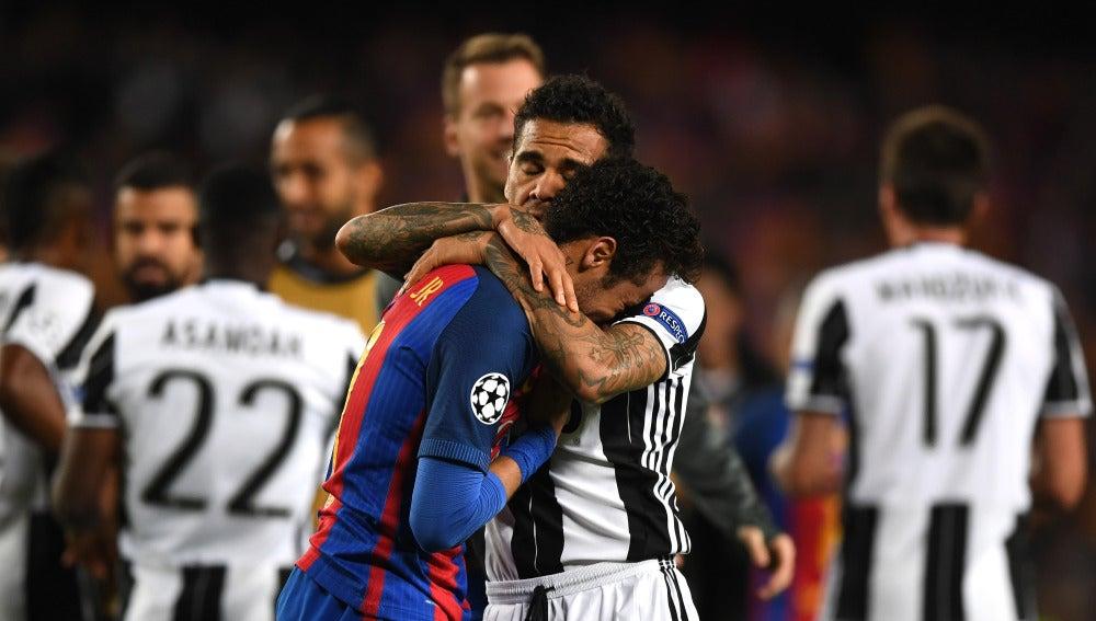 Neymar llorando tras la eliminación del Barcelona en Champions