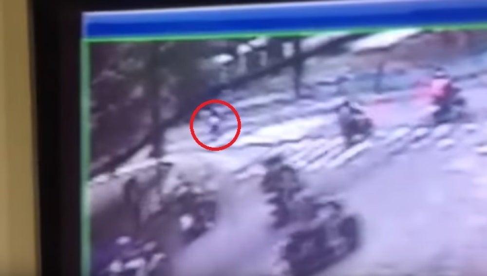 Secuencia del asesinato de una joven en Venezuela