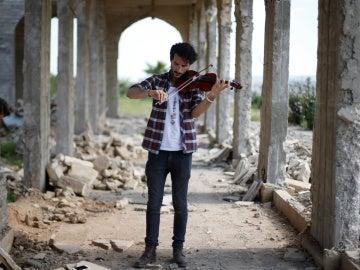 El violinista Ameen Mukdad