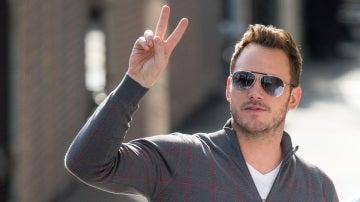 Chris Pratt feliz como una perdiz