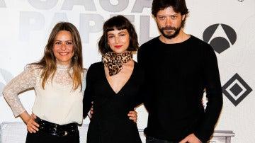 Itziar Ituño, Úrsula Corberó y Álvaro Morte