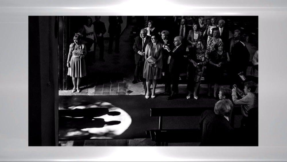 Frame 20.15238 de: El mejor fotógrafo de bodas es español