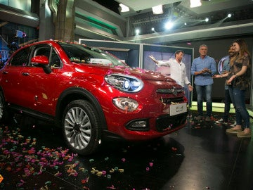 'El Hormiguero 3.0' regala un coche a una chica del público