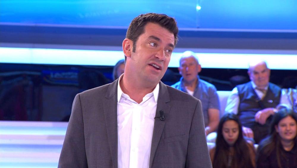 """Arturo Valls: """"¿cariño, tú me pones los cuernos?"""""""