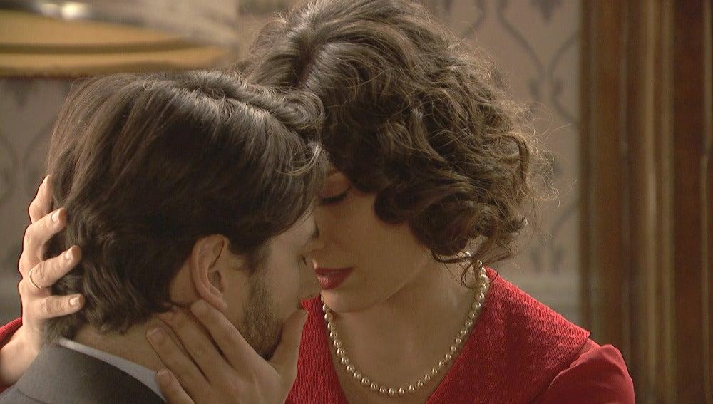 """Hernando rechaza el """"hazme tuya"""" de Camila"""