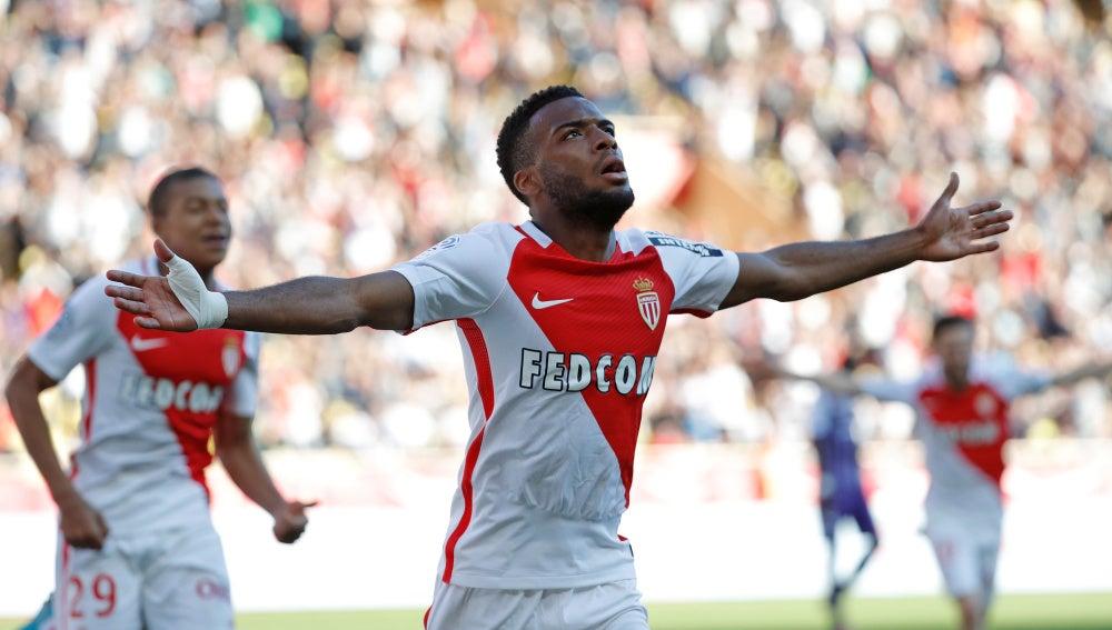 Thomas Lemar celebrando un gol