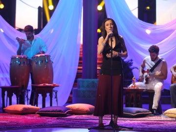 Paula Domínguez, una idéntica Chambao con su interpretación 'Ahí estás tú'