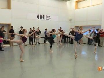 Frame 47.377161 de: danza