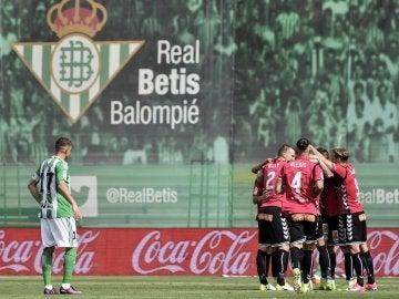 Los jugadores del Alavés celebrando un gol frente al Betis