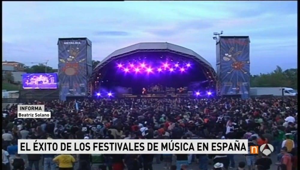 Frame 28.465238 de:  La temporada de festivales comienza a lo grande con Viña Rock