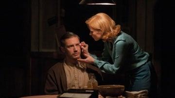 Tom hardy y Jessica Chastain en 'Sin Ley'