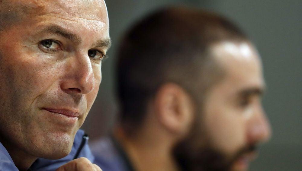 Zidane, en rueda de prensa con Carvajal