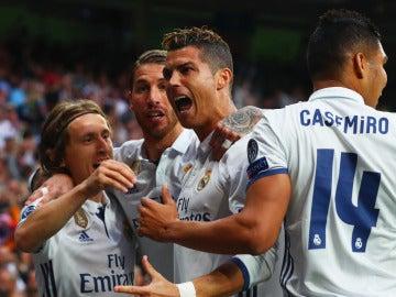 Cristiano celebra un gol ante el Atlético en la ida de semifinales de la Champions
