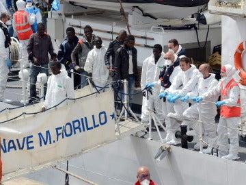 Desaparecidos 245 refugiados en varios naufragios en el Mediterráneo