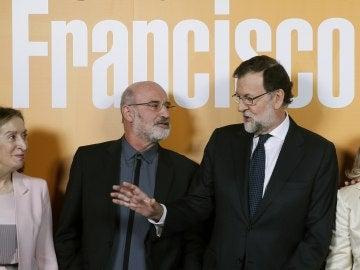 Fernando Aramburu y Mariano Rajoy