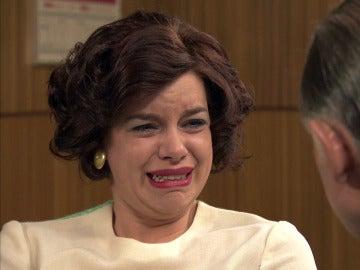 Marta se sincera con su padre y le cuenta que Alonso le maltrataba