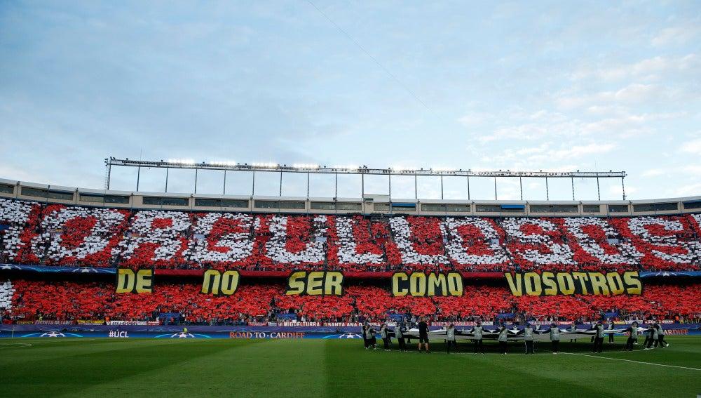 Tifo mostrado en el Vicente Calderón
