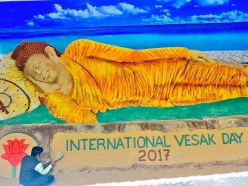 El Buda de arena de 12 metros
