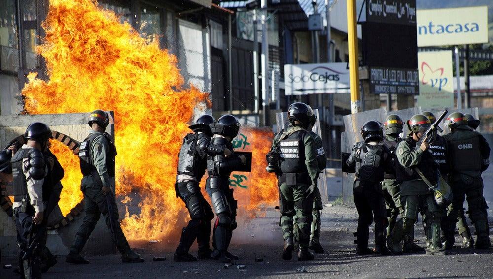 Nueva jornada de protestas en Venezuela que acaba en enfrentamientos