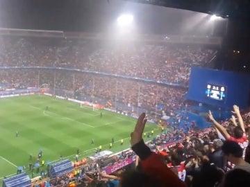 El Calderón despide a sus jugadores bajo la lluvia