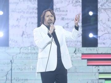 Manu Rodríguez, un galán muy soñador con su actuación 'América, América' de Nino Bravo
