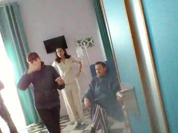 Frame 23.424384 de: El regreso de Mariano Peña a 'Allí Abajo' tras las cámaras