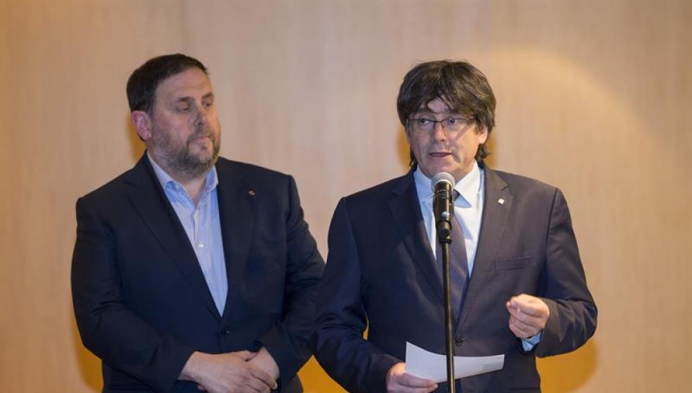 El president, Carles Puigdemont y el vicepresidente, Oriol Junqueras