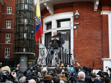Julian Assange, en la embajada de Ecuador