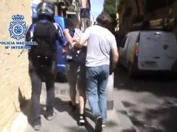 Frame 63.502752 de: La Policía Nacional detiene a un peligroso atracador de bancos