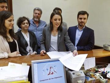 Unidos Podemos registra la moción de censura