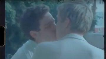 Miles Heizer y Brandon Flynn protagonizan 'Home Memories'