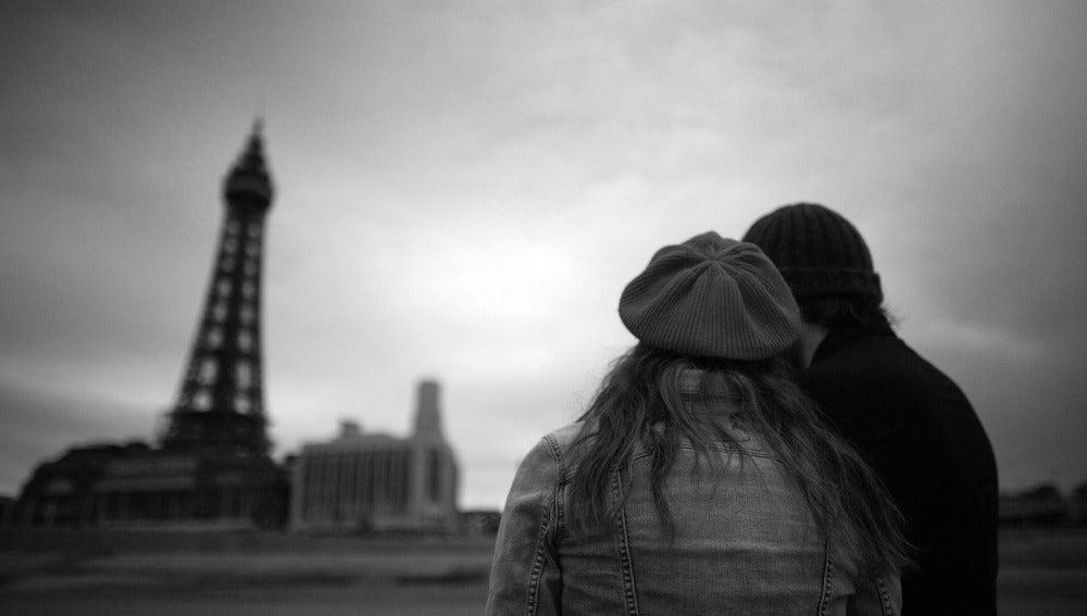 Un estudio revela que las parejas que exponen su vida amorosa en redes son más infelices
