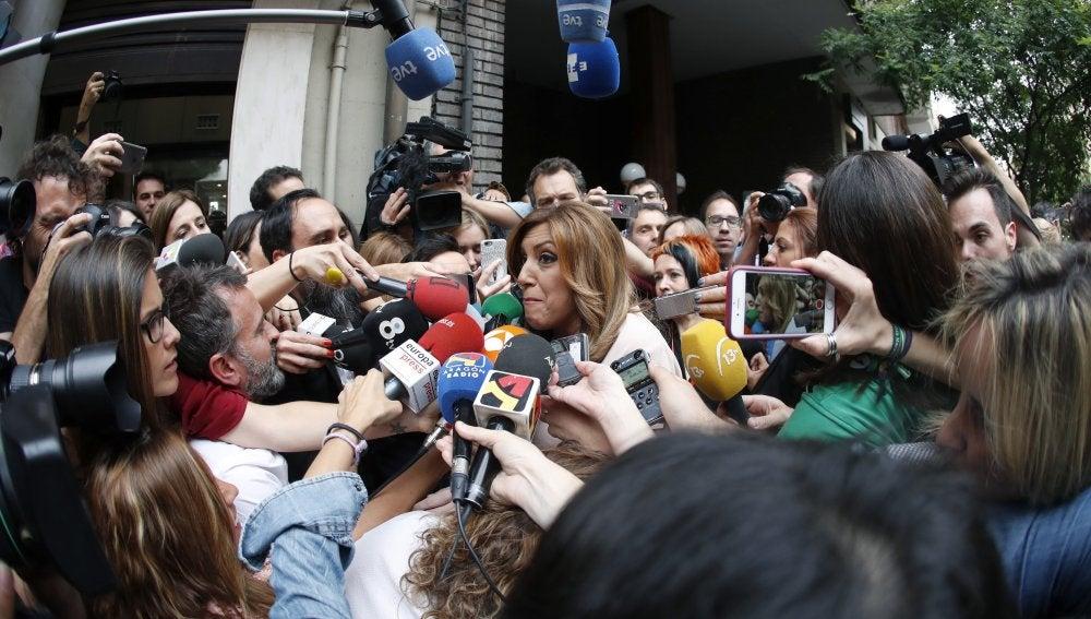 Susana Díaz a su llegada a la sede del PSOE en la calle Ferraz