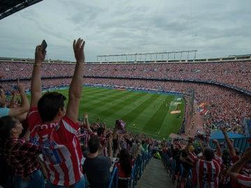 El Calderón, lleno en la despedida del Atlético