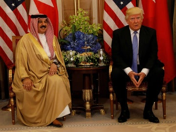Donald Trump con el rey de Baréin