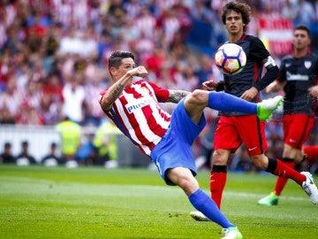 Fernando Torres marca el 2-0 ante el Athletic