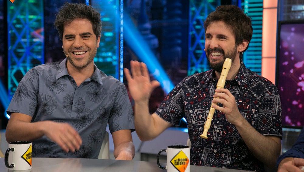 Julián López encandila al público de 'El Hormiguero 3.0' con su dominio de la flauta dulce