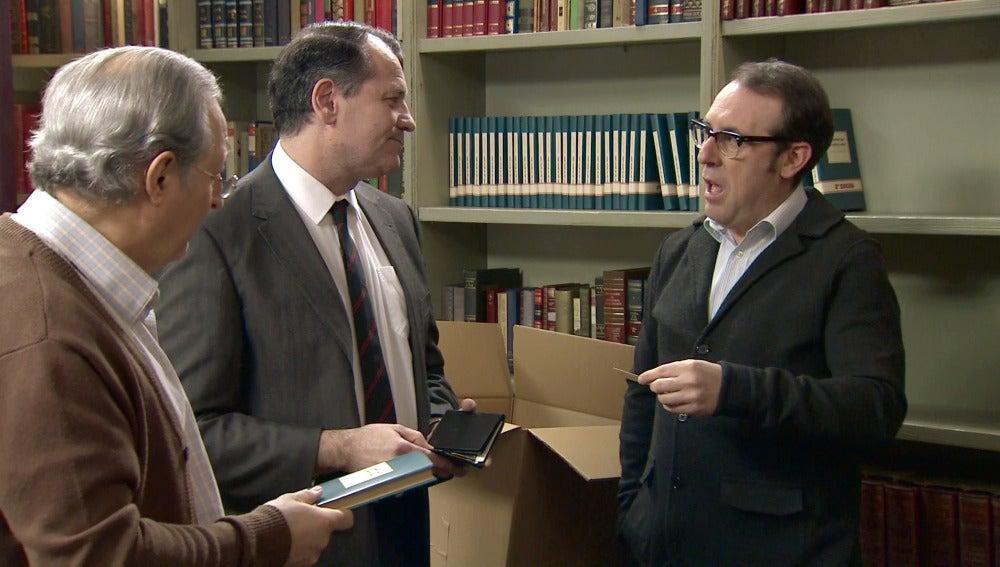 Pelayo se enfurece tras la visita del censor a la librería