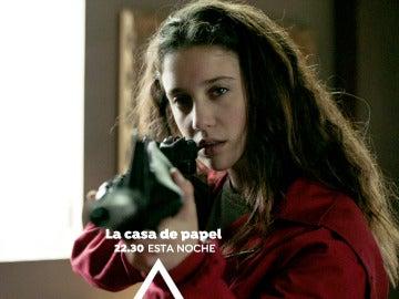Alison Parker amenazará a uno de los atracadores arma en mano
