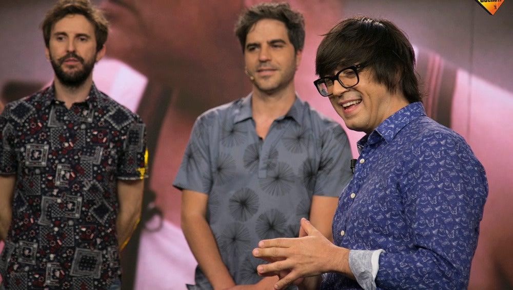 Luis Piedrahita pone a prueba a Ernesto Sevilla, Joaquín Reyes, Julián López y Raúl Cimas con uno de sus efectos ópticos