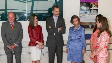 Los Reyes celebran su 13º aniversario de boda