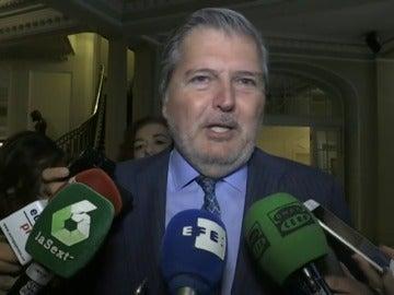 Frame 13.909067 de: El gobierno invita a dialogar a Puigdemont en lugar de amenazar con leyes rupturistas
