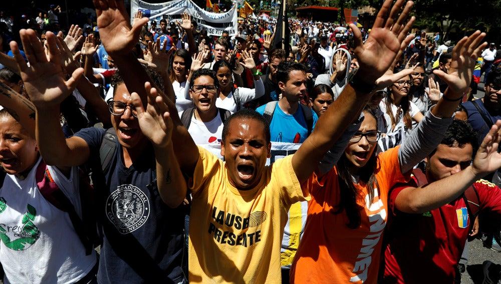 Nueva jornada de manifestaciones en Venezuela