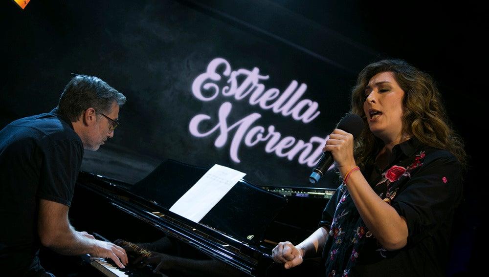 El bonito homenaje en 'El Hormiguero' de Emilio Aragón y Estrella Morente a Antonio Vega
