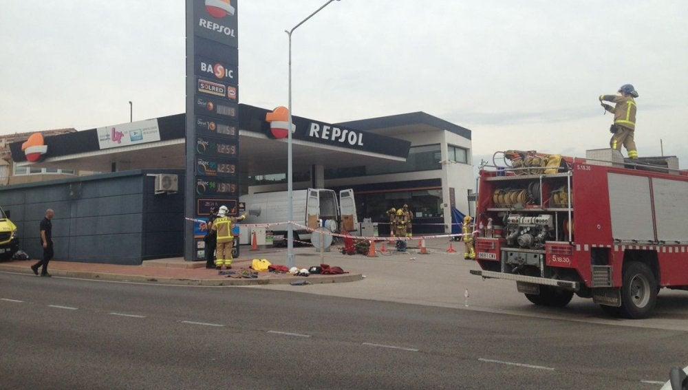 La gasolinera afectada por la deflagración