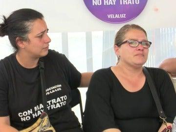 Frame 44.822215 de: Una abuela reclama la tutela de sus nietos, huérfanos por la violencia de género